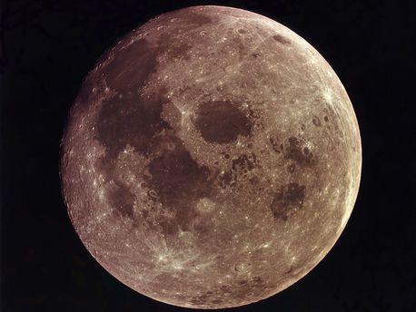 Плутон может вновь получить статус «планеты»
