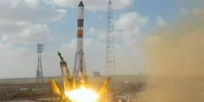 """Прогресс М-19М пристыкуется к МКС и без антенны """"Курс"""""""