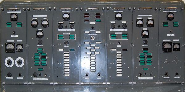 Античный пульт управления запуском ракет