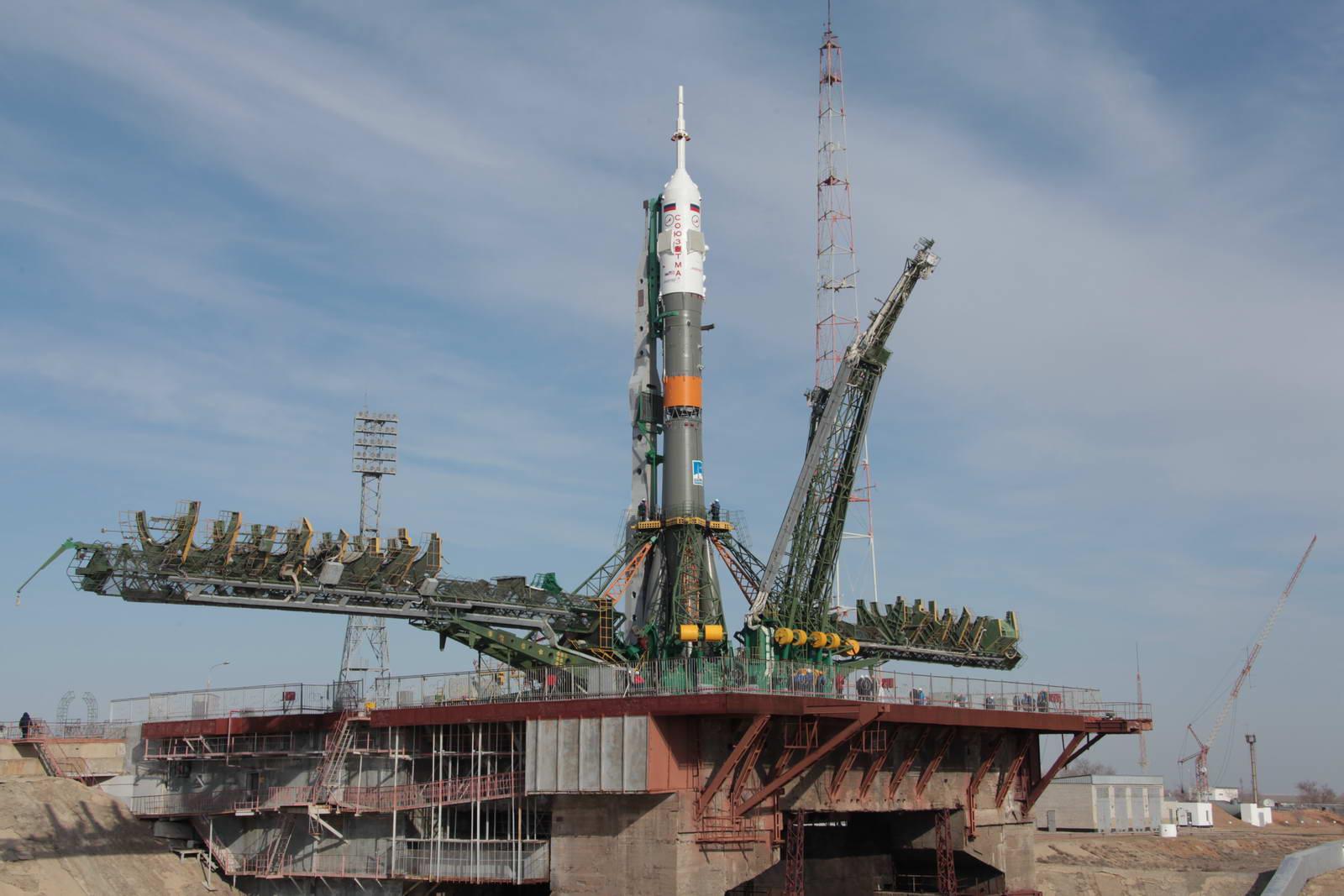 """В мае с Байконура будут запущены ТПК """"Союз ТМА-09М"""" и """"Eutelsa W3D"""""""