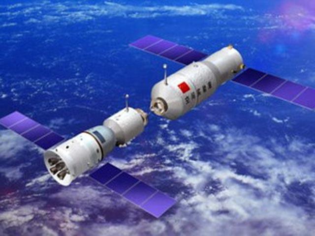 """Китайские астронавты в завершении миссии покинули """"Тяньгун-1"""" и перешли в """"Шэньчжоу-10"""""""