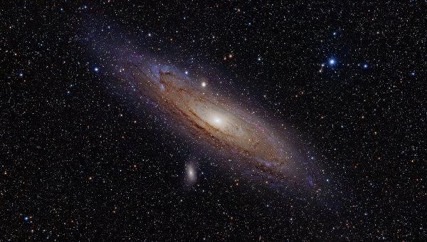 В центре Галактики объект G2 избежал поглощения черной дырой