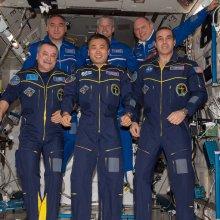 К возращению на Землю готовится экипаж корабля «Союз-11М»