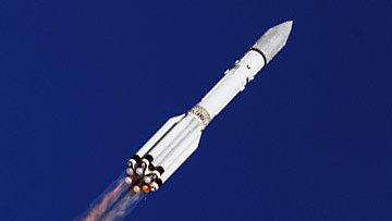 В 2014 году планируется запустить в космос первый российский частный спутник