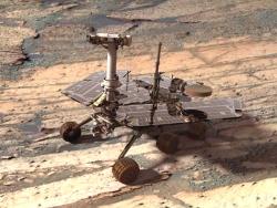 Скалы из светлого полевого шпата обнаружены на Марсе