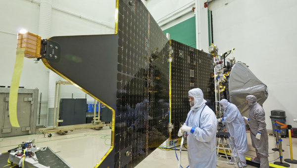 На орбиту Марса успешно вышел зонд Maven