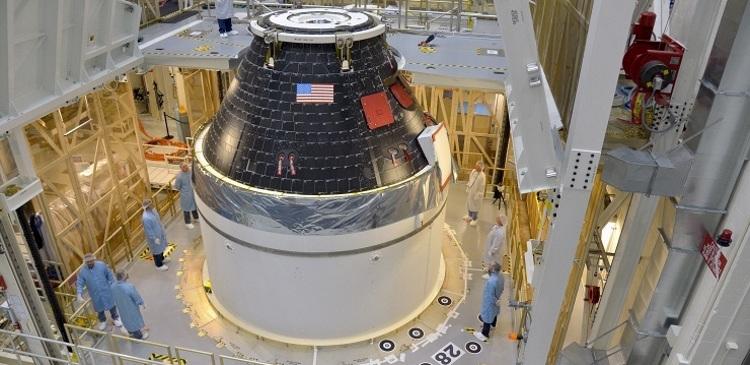 На мыс Канаверал доставлен космический корабль Orion