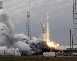 Частной компанией «SpaceX» отложен запуск спутника «Falcon 9»